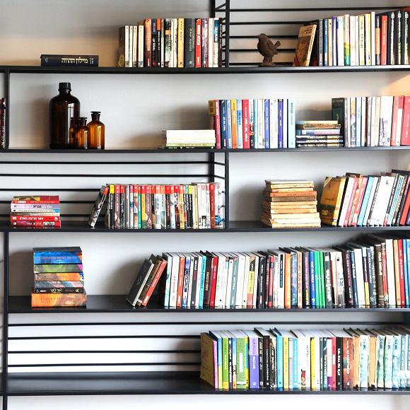 שבוע ספר? עם הספר | ספרי עיצוב