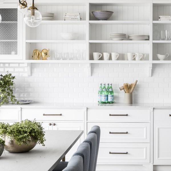 המטבח לבש לבן