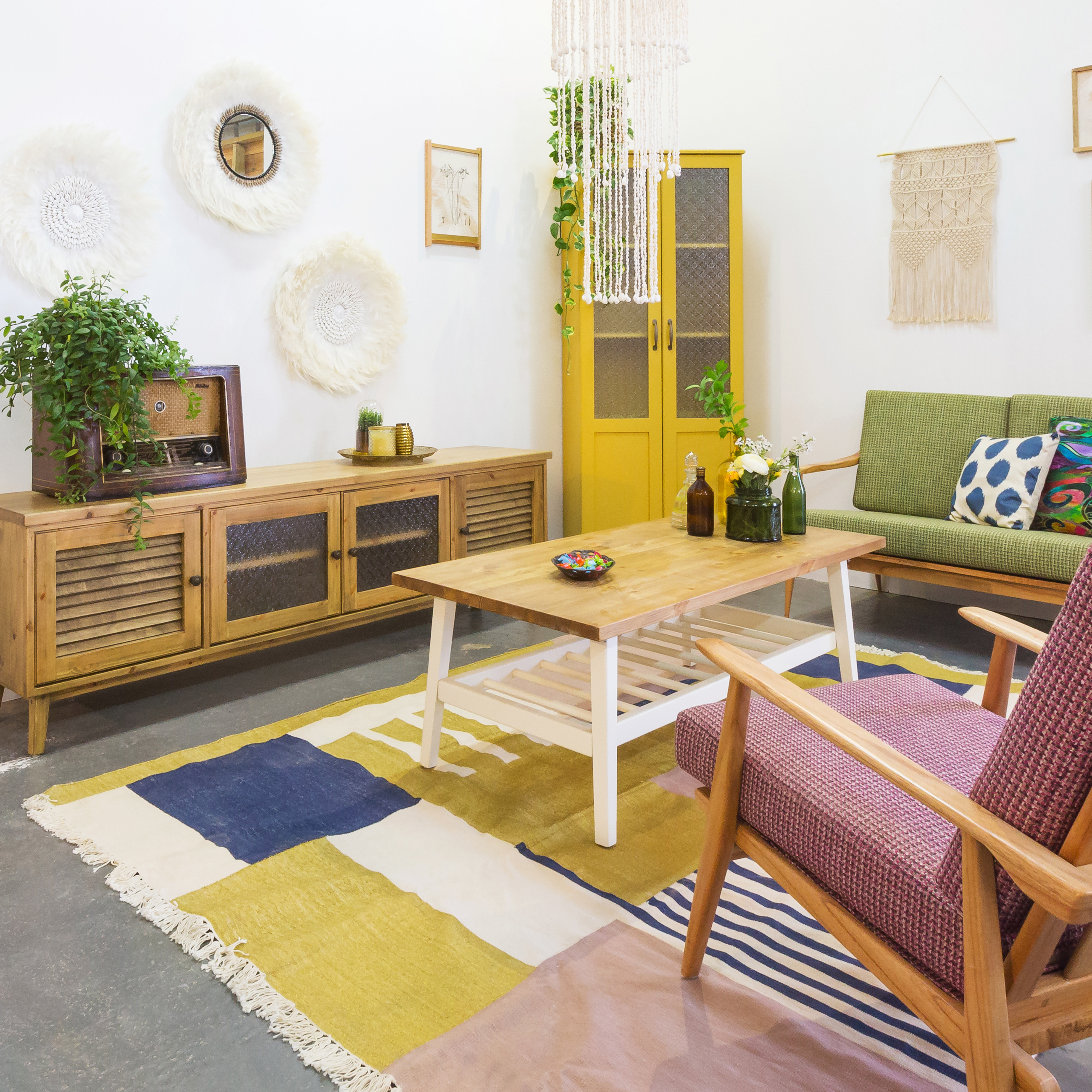 הפקה – עיונה | סיפורו של רהיט בסגנונות עיצוב