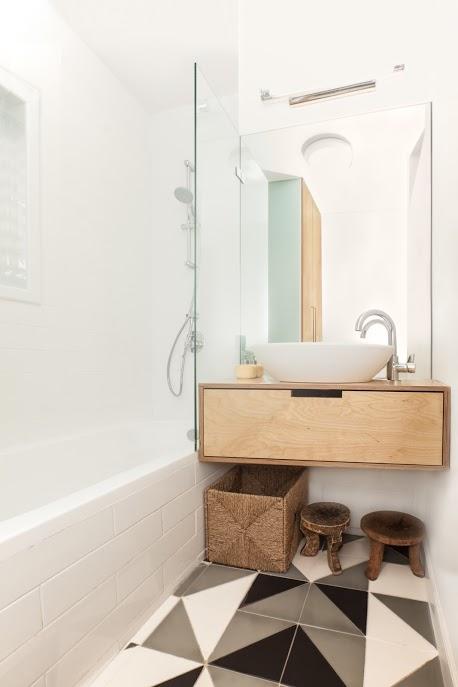 עיצוב מקלחת ילדים בדירה בתל אביב