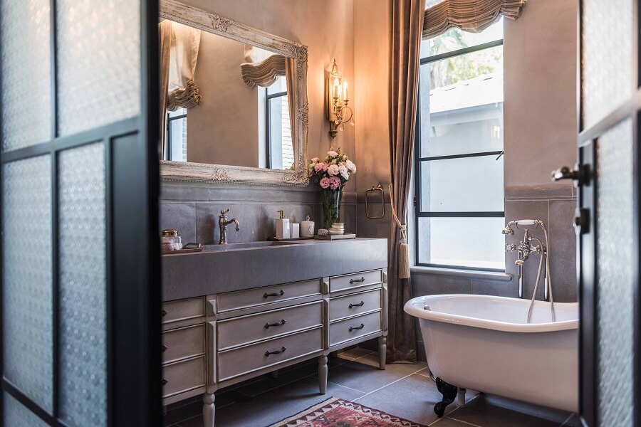 חדר אמבטיה מעוצב