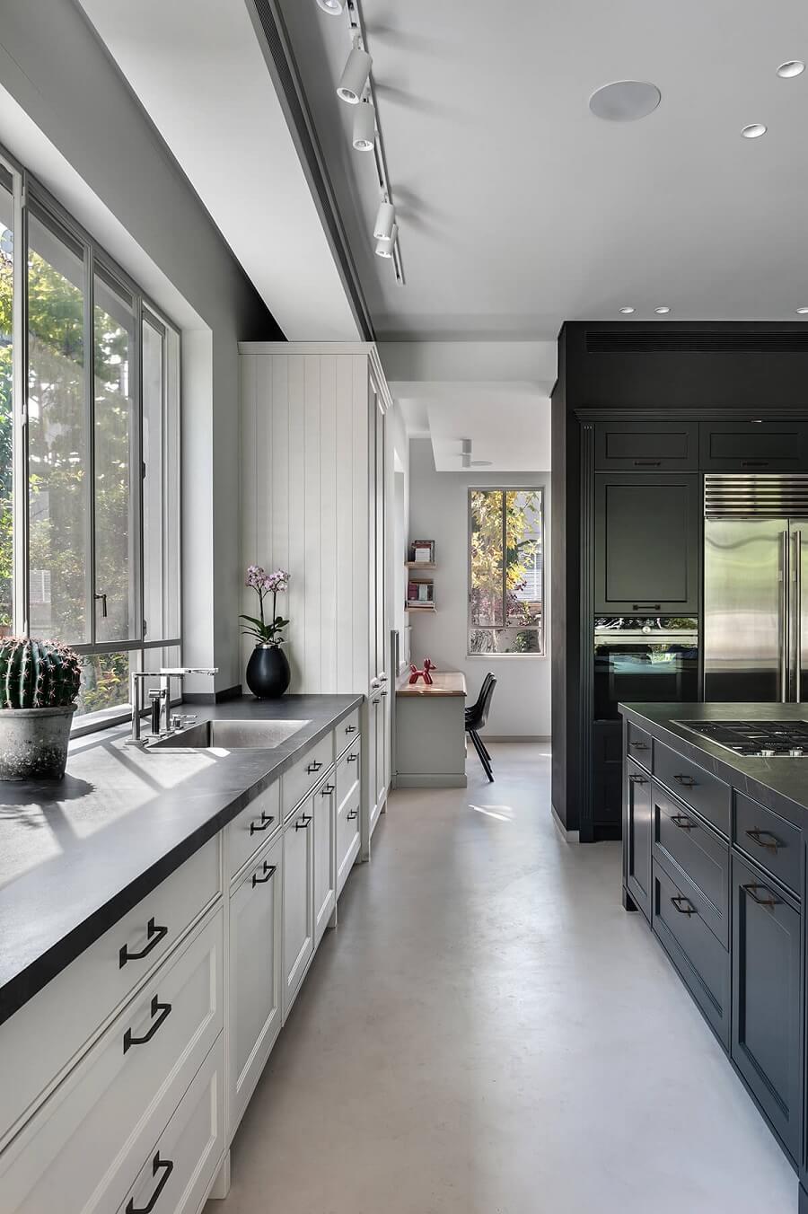 עיצוב מטבחים שחורים