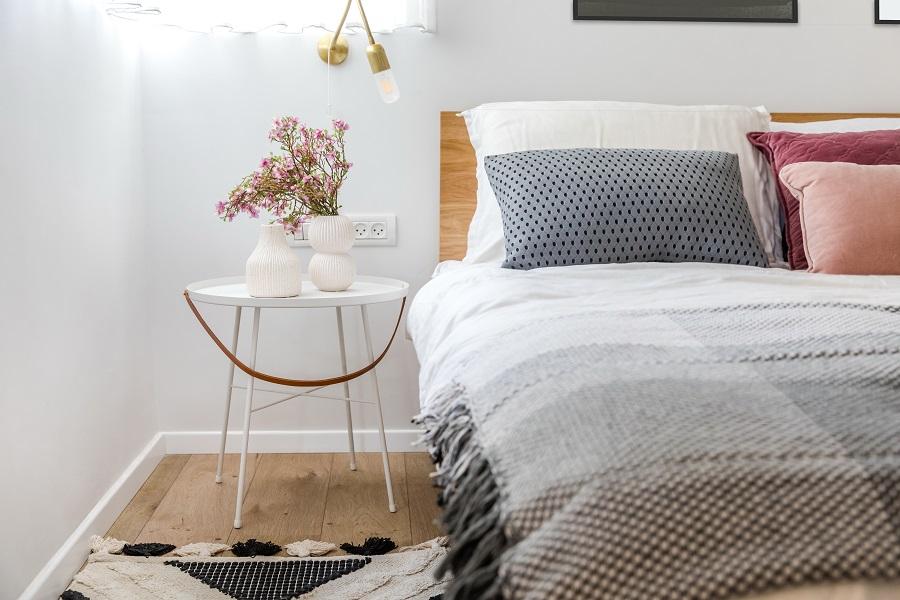 פרקט למינציה בחדר שינה