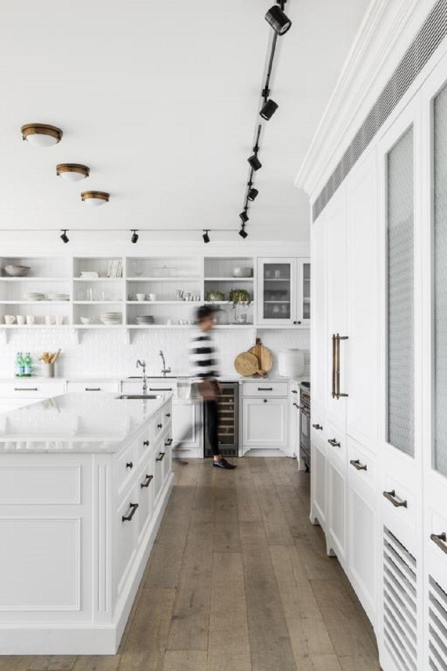 פרקט עץ במטבח