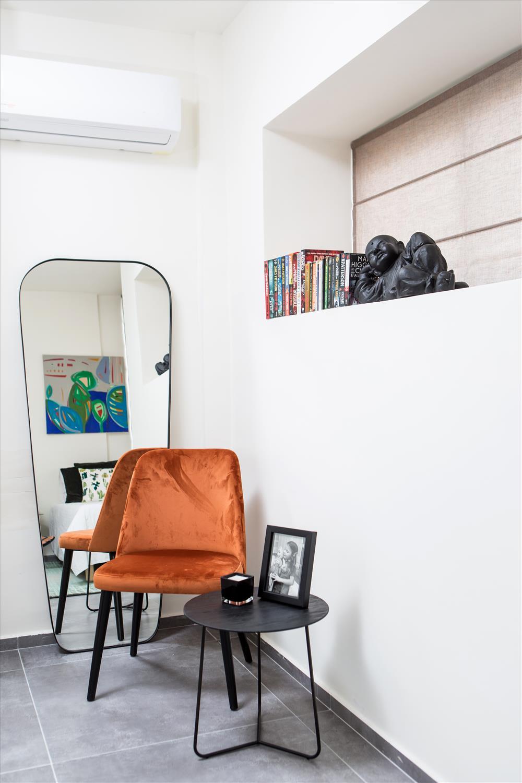עיצוב חדר אורחים: יטי סלסקי   צילום: שירן כרמל